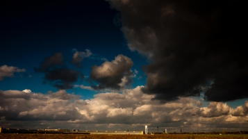 clouds over the thf field copyright andreas reich 2013